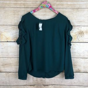 NWT Maurices green ruffle sleeve top size M // D38